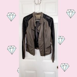 ✨ Blank NYC Duo Colored Leather Jacket ✨